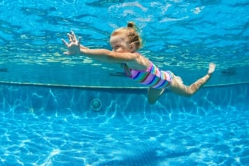 improvers swimming lessons